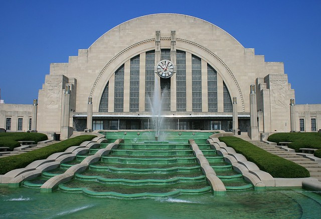 Dec 04, · Cincinnati Museum Center at Union Terminal now offers three museums under one roof: The Cincinnati History Museum, the Duke Energy Children's Museum and the Museum of Natural History & Science. It also houses an OMNIMAX Theater and the Cincinnati History Library & Archives/5().
