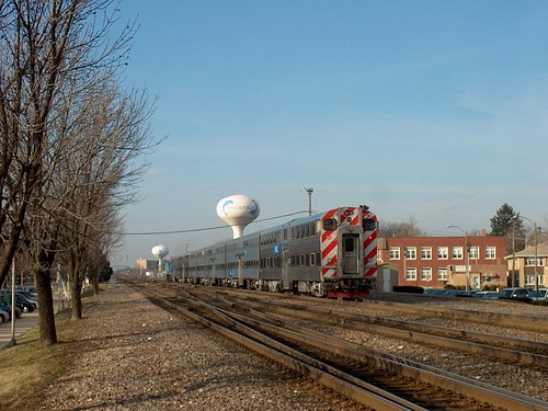 Westbound Metra morning commuter local departing Brookfield Illinois. December 2006. by Eddie from Chicago