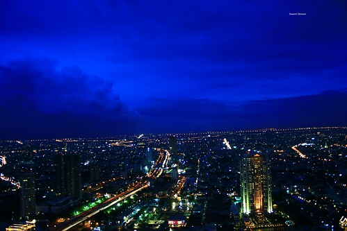 sunset skyline canon thailand rebel evening view nightshot bangkok blueskies silom statetower xti lebua swamistream swamistreamcom