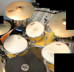 drummer(0.0), electronic drum(0.0), electronic instrument(0.0), tom-tom drum(1.0), percussion(1.0), bass drum(1.0), timbale(1.0), drums(1.0), drum(1.0), timbales(1.0), skin-head percussion instrument(1.0),