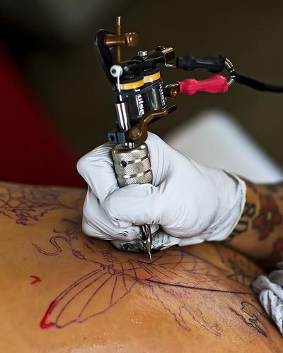 tattoo wonderful hawaii artist explore bigisland hawi jodiechamberlain canonef85mmf12liiusm xisletattooparlor rolandpacheco