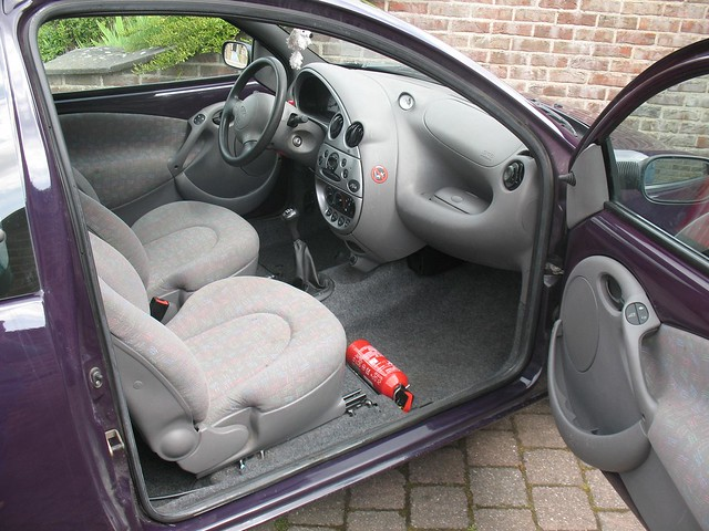 1999 ford ka interior 1 flickr photo sharing. Black Bedroom Furniture Sets. Home Design Ideas