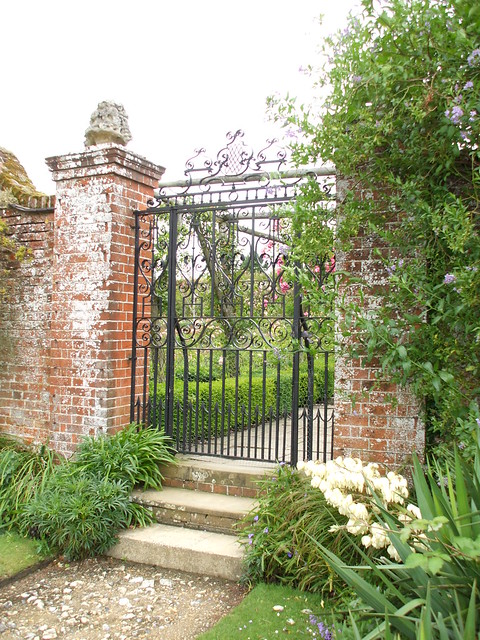 Excellent quality Metal Gates for Gardens