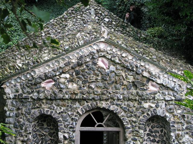Scott's grotto, Ware
