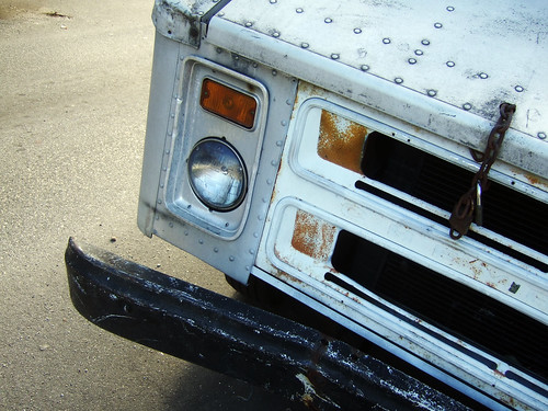 food truck that needs maintenance