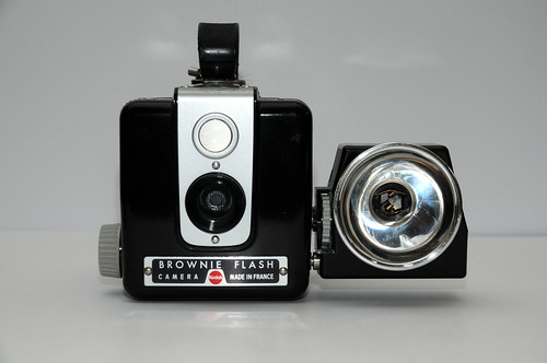 kodak brownie flash camerapedia fandom powered by wikia. Black Bedroom Furniture Sets. Home Design Ideas