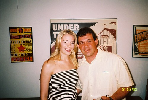 LeAnn Rimes and Jeff backstage at the Music Circus