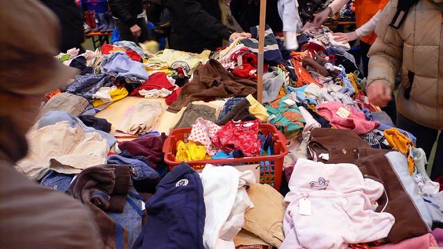 Kinderflohmarkt Klamotten
