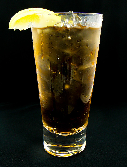 Long island ice tea mixed drink cocktails flickr photo for Drinks with iced tea
