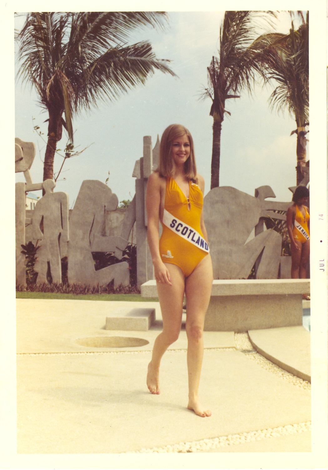 Amparo Muñoz Quesada ··tribute to miss universe 1974