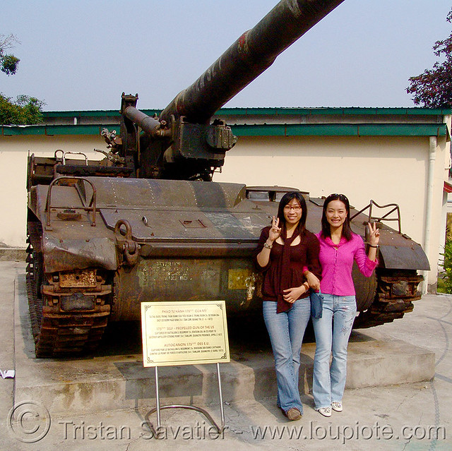 DSC vietnam M107 175mm self propelled Gun Artillery