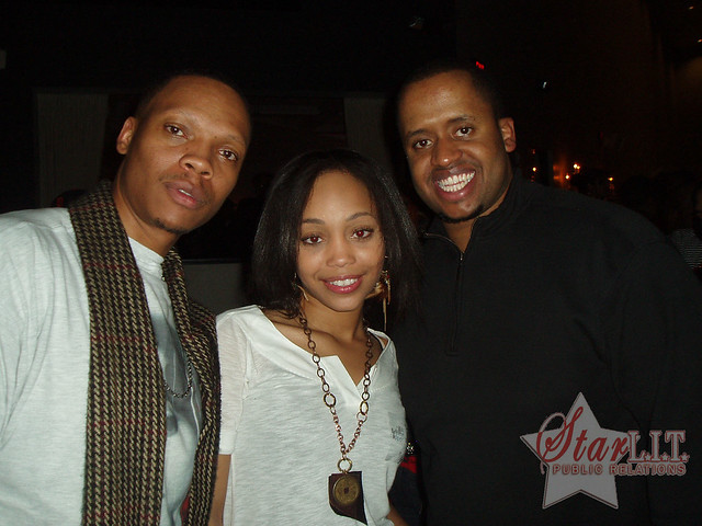 Ronnie_DeVoe_Wife http://www.flickr.com/photos/starlitpr/3233822140/