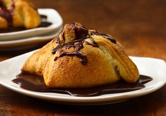 Recipe: Chocolate-Filled Pillows with Chocolate Sauce