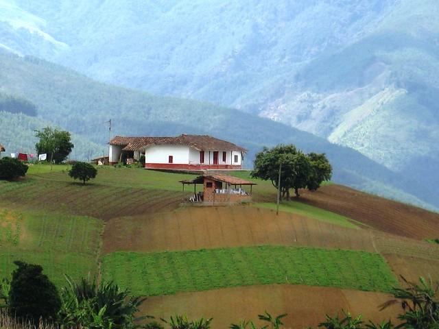 Casa campesina. San Antonio de Prado. Medellìn, Colombia