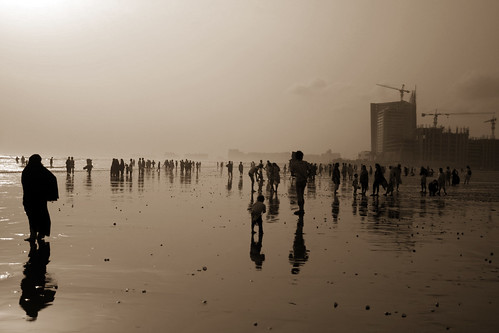 pakistan sunset sea beach silhouette fog reflections hawaii asia view peoples karachi sindh fod modernbuilding skysrapers saarc