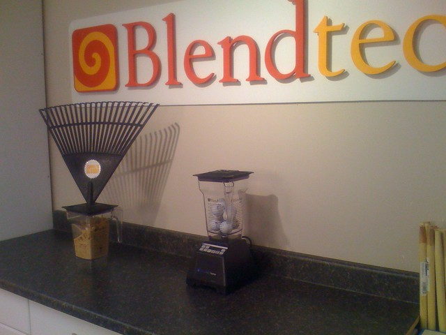 Blendtec or Vitamix - How To Make Juice Tips For Everyone