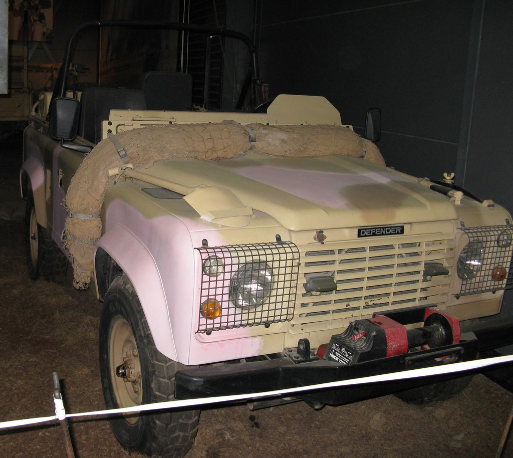 "Land Rover ""Dinky"""