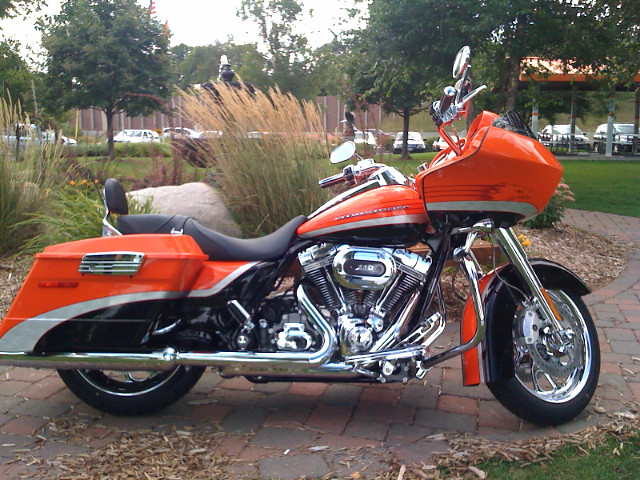 Road Glide With Touring Package Train Packs
