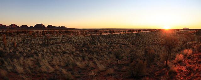 Uluru-Kata Tjuta, sunrise