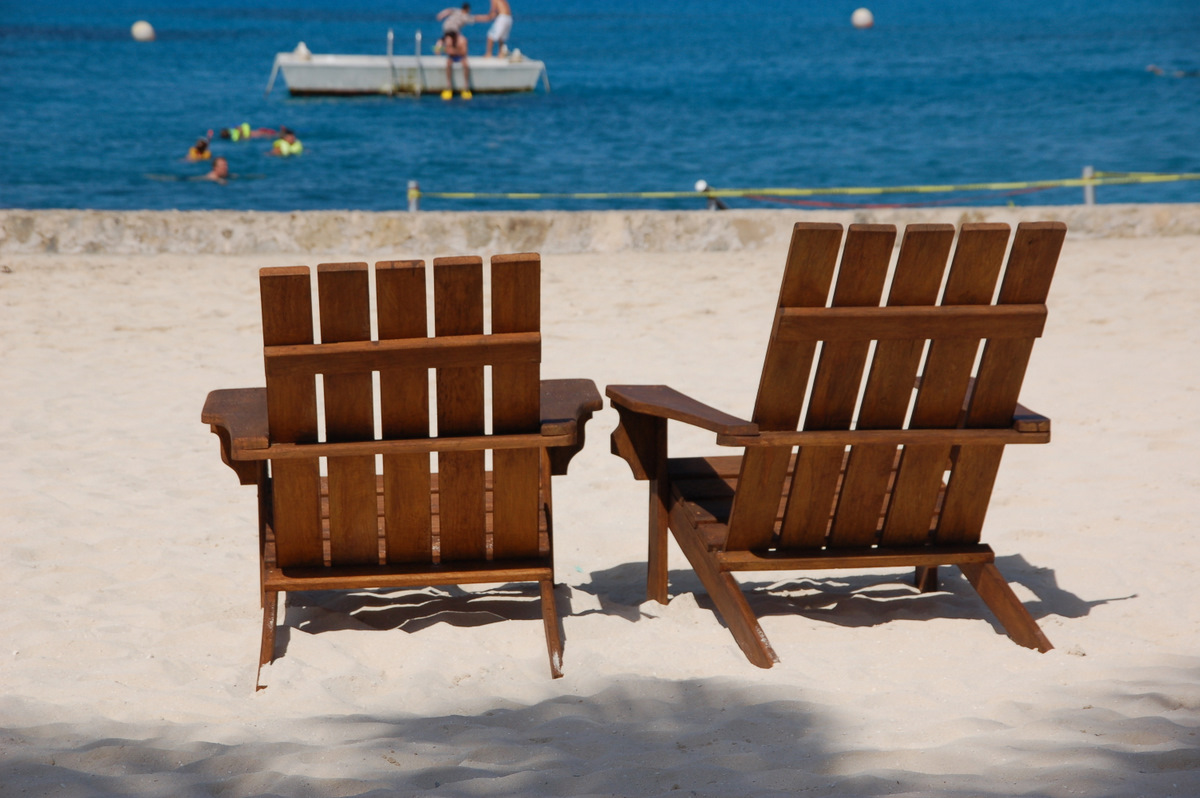 Wooden beach chair back - Beach Chairs Go Back