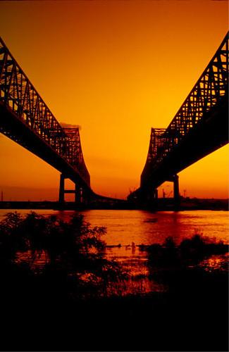 bridge sunset usa louisiana westbank neworleans mississippiriver np algiers mcdonogh crescentcityconnection gno wyojones
