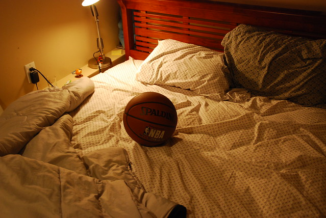 Has Shaquille O Neal Been Around On My Bed Explore
