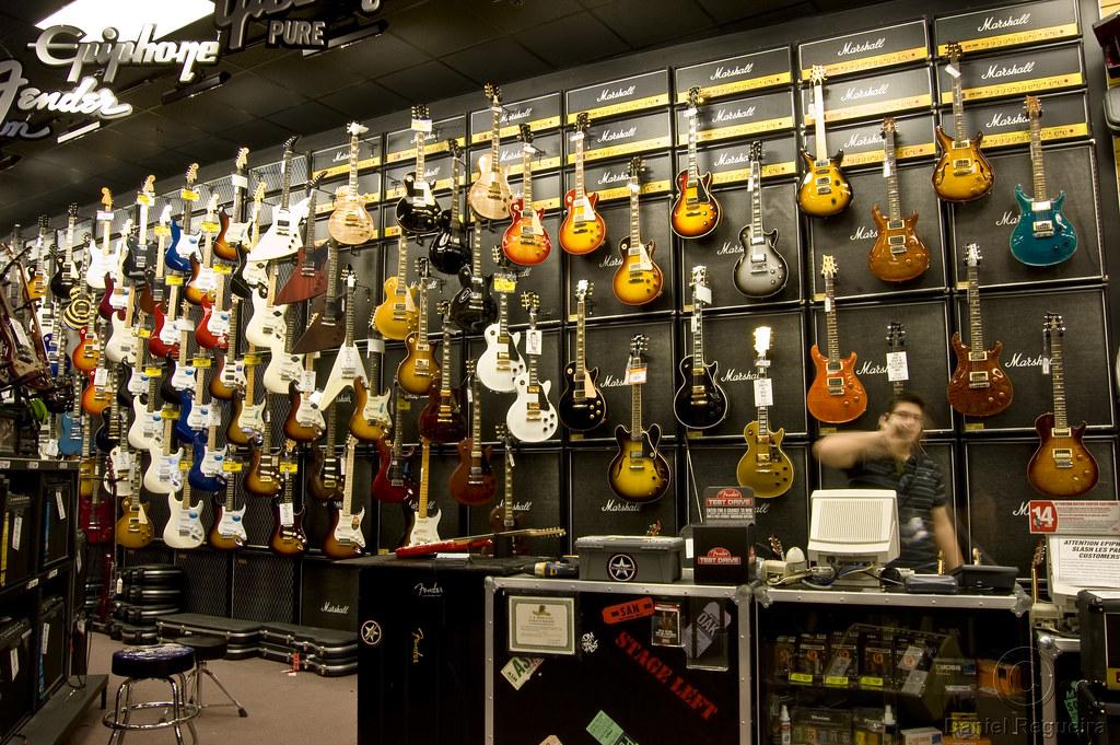 guitar center music store guitar center alto saxophone music books. Black Bedroom Furniture Sets. Home Design Ideas