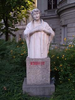Image of Hansi Niese. vienna volkstheater hansiniese johannaniese