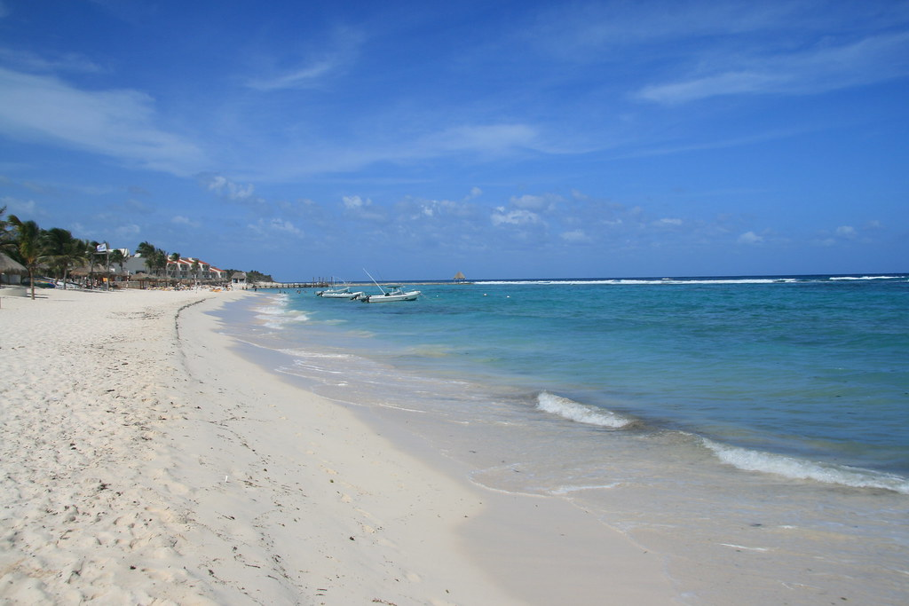 пляж акумаль