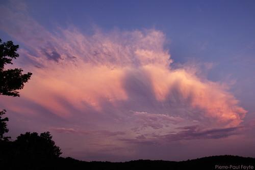 sunset shadow cloud storm ombre thunderstorm nuage tarn orage gaillac coucherdesoleil albi anvil cumulonimbus enclume