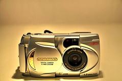 mirrorless interchangeable-lens camera(0.0), digital slr(0.0), instant camera(0.0), cameras & optics(1.0), digital camera(1.0), camera(1.0), single lens reflex camera(1.0), electronics(1.0), camera lens(1.0), reflex camera(1.0),