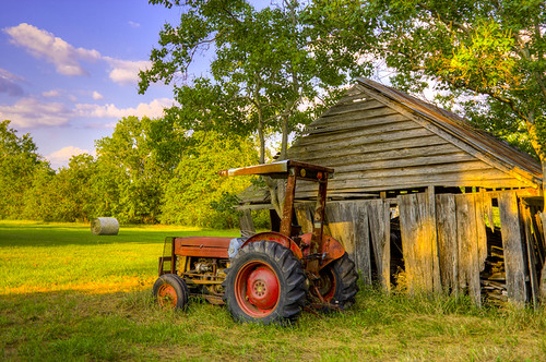 tractor barn louisiana farm reclaimation historicdowntown tchi keatchie southdecay