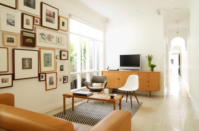 2742165655 2fc32ef689 z - Living Space Design Tips For Men