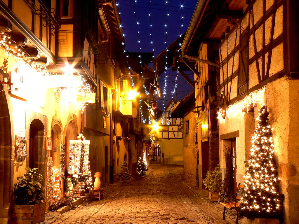 EGUISHEIM by night