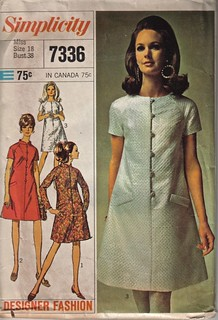 Simplicity 7336 Retro Dress Pattern