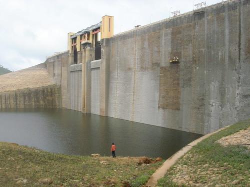 Valparai Dam