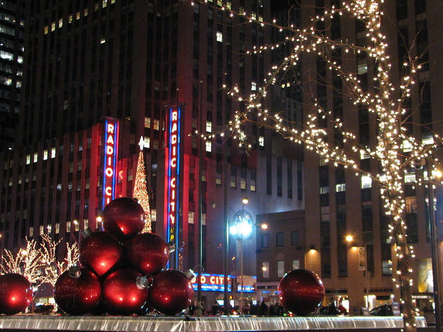 6th avenue christmas decorations new york city ny 8 for When does new york start decorating for christmas