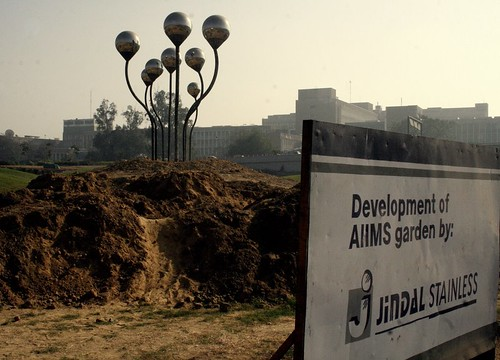 Steel sprouts at AiiMS Flyover