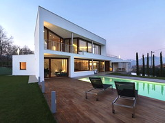 Italian Modern Luxury Home 01