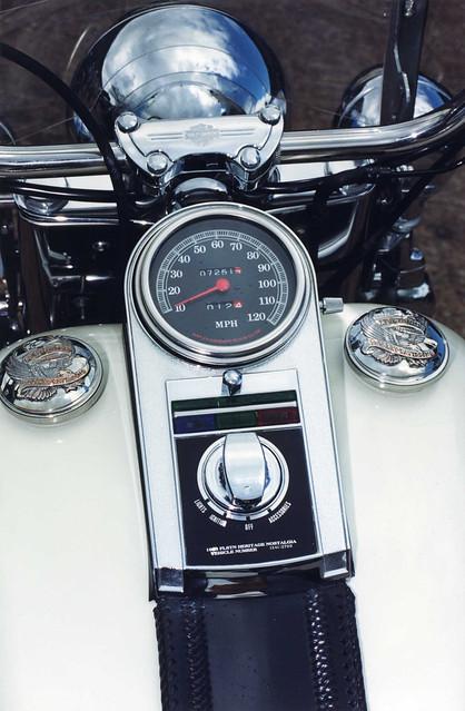 Harley Davidson Heritage Softail Motorcycle Speedo