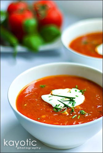 Roasted pepper tomato soup kayotic kitchen for Roasted pepper tomato soup