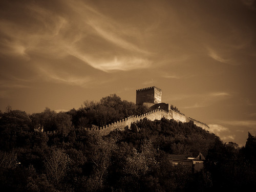 brown white house mountain black tree castle portugal sepia chocolate hill ruin mount frontier leiria lightroom mywinners abigfave platinumphoto flickrbestpics