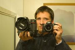 cinematographer(0.0), camera operator(0.0), cameras & optics(1.0), digital camera(1.0), single lens reflex camera(1.0), photograph(1.0),