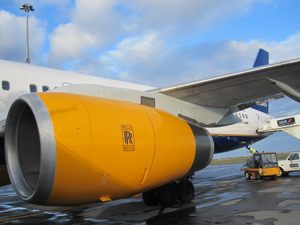 IcelandAir Yellow Jet Engine, Keflavik Airport