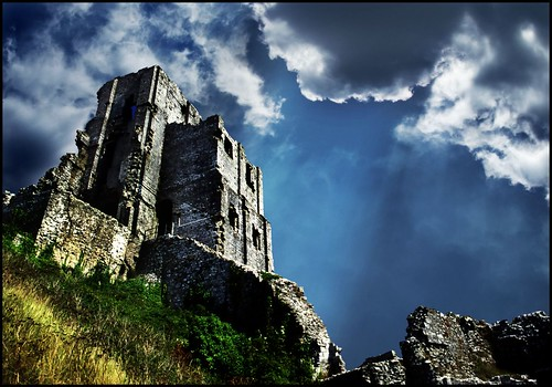 Rays over Corfe castle!