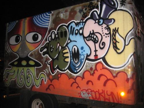 graff on truck ufo