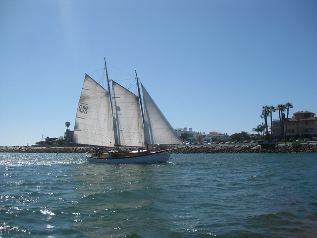 Gaff Rigged Sailboat For Sale http://www.flickr.com/photos/tiarescott/3693188942/