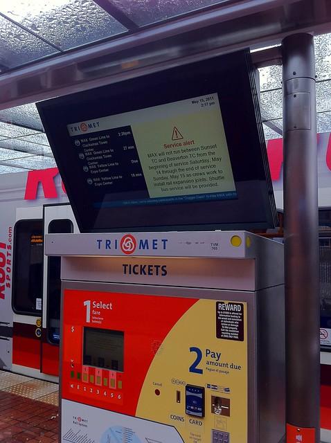TriMet service alert near Union Station