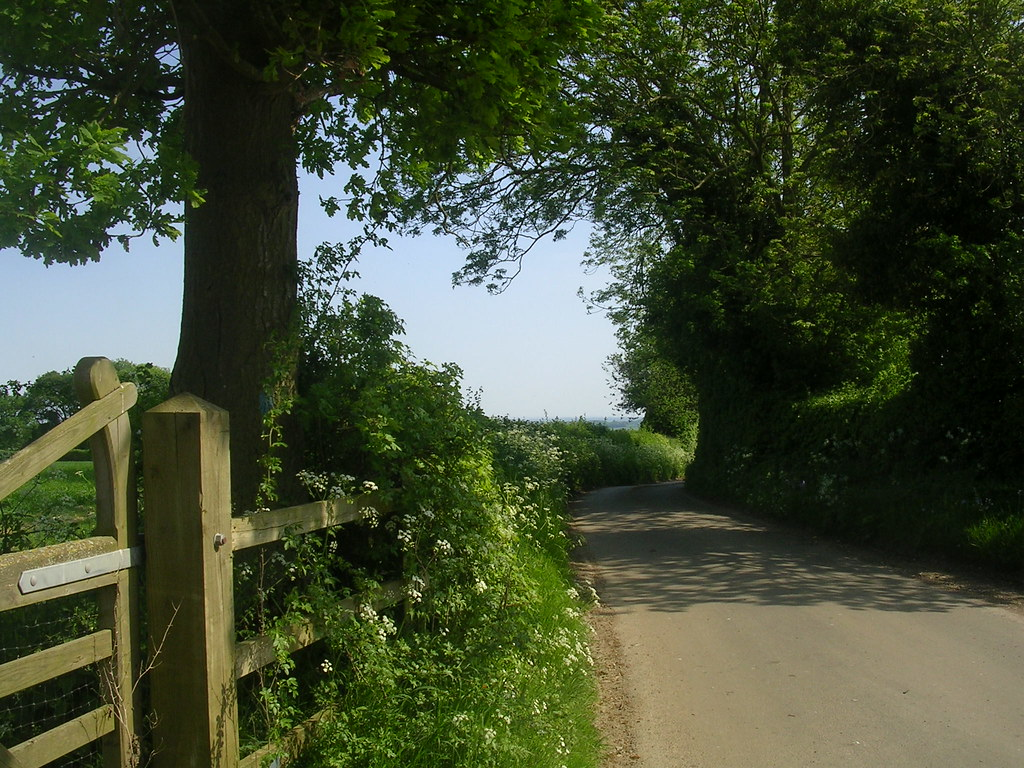 Country scene Marlow Circular