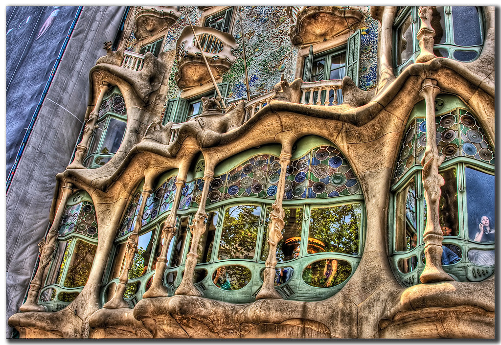 Casa batllo flickr photo sharing - Art nouveau architecture de barcelone revisitee ...